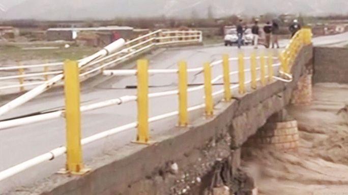 Floods in Iran kill at least 35