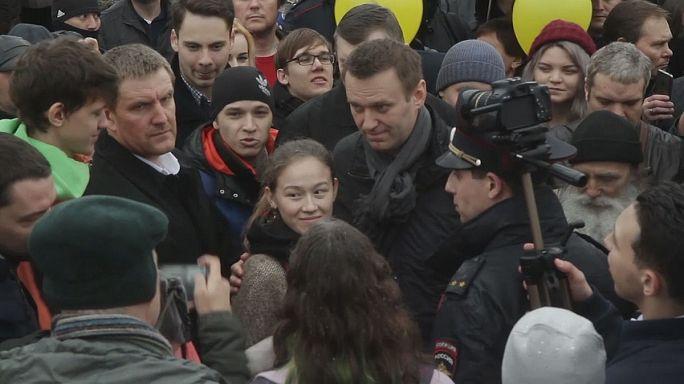 Rus muhalif lider Navalny seçim ofisini açtı
