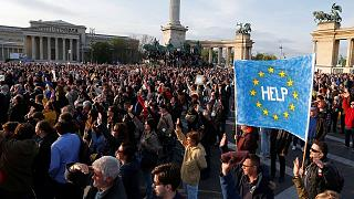 Hungary protesters send noisy message to PM Orban