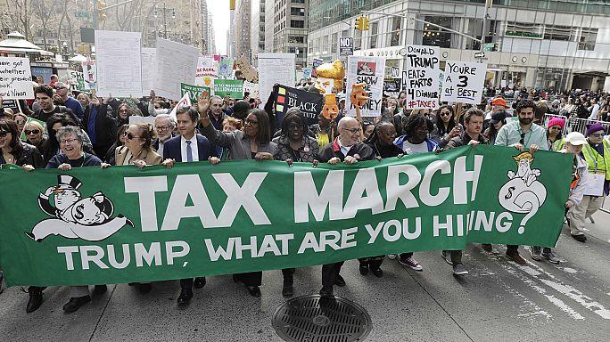 """""""Tax Day"""" in den USA: Proteste gegen Trump"""