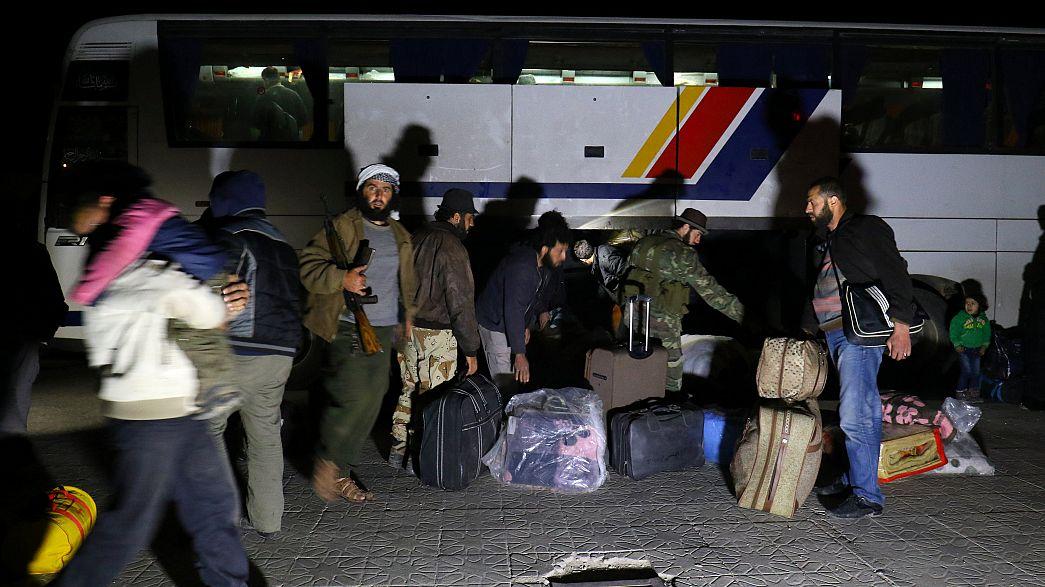 Syrie : l'évacuation des villages chiites d'Idleb a repris