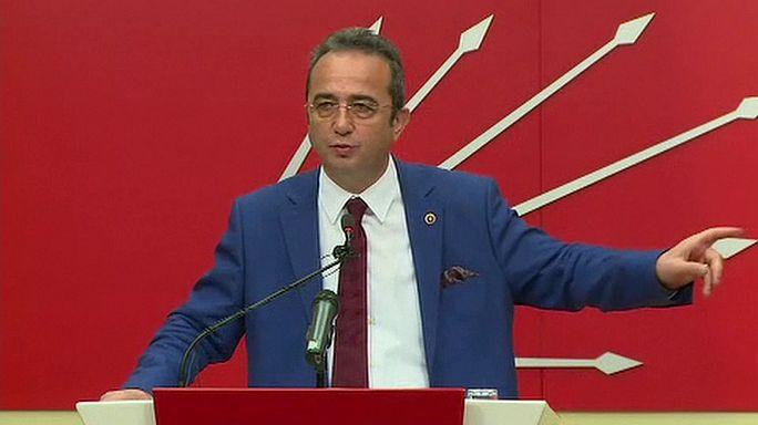 حزب تركي معارض يشكك في مشروعية الاستفتاء