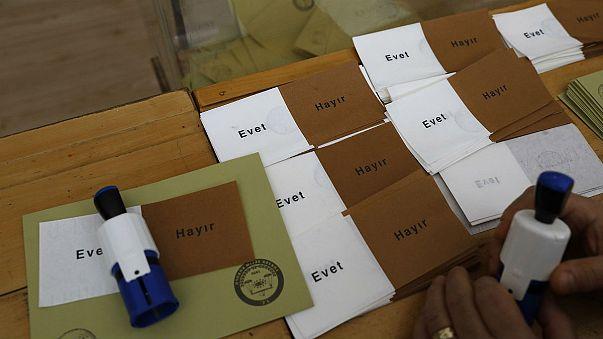 «Όχι» ψήφισαν οι Τούρκοι σε Ελλάδα και κατεχόμενη Κύπρο