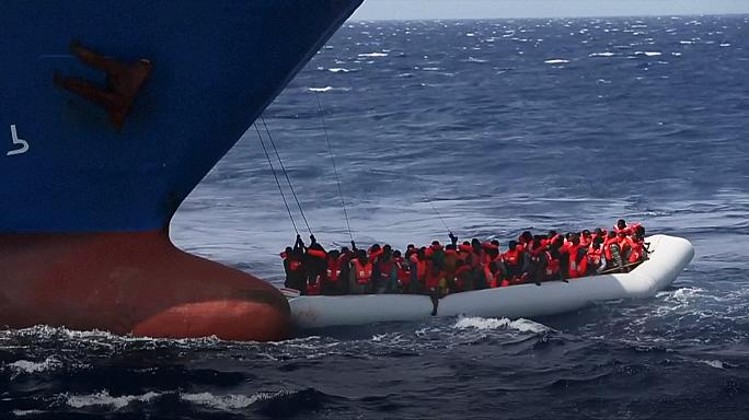 Sem mãos nem espaço para ajudar mais de 1500 migrantes em apuros