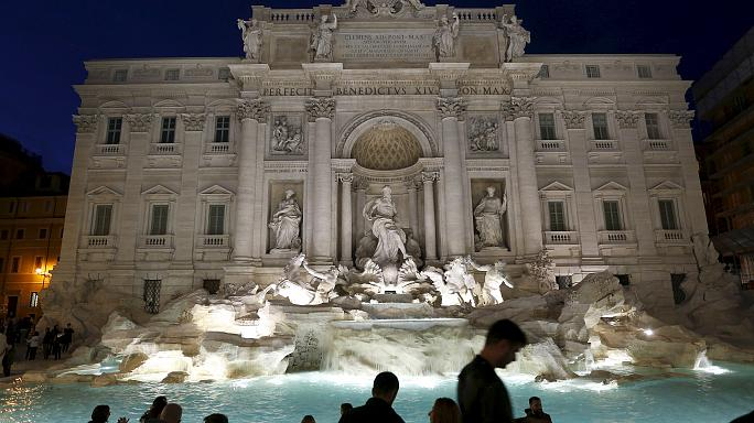 Tourists toss more than €1.4m into Rome's Trevi Fountain