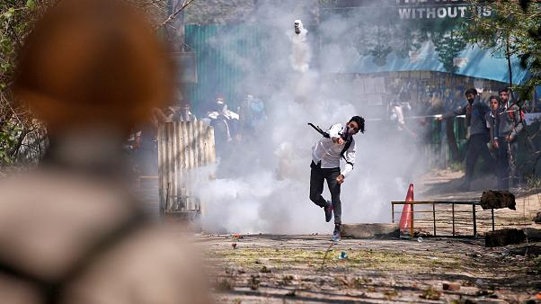 Tensions high in Kashmir after video shows Indian army using a human shield