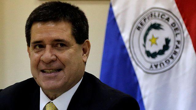 Mégsem akarja újraválasztását Paraguay elnöke