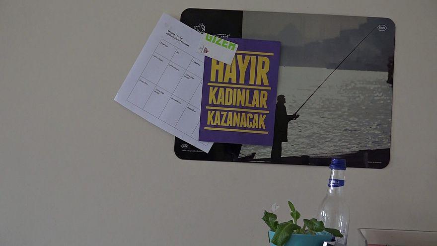 ONG's turcas reforçam contestação ao referendo
