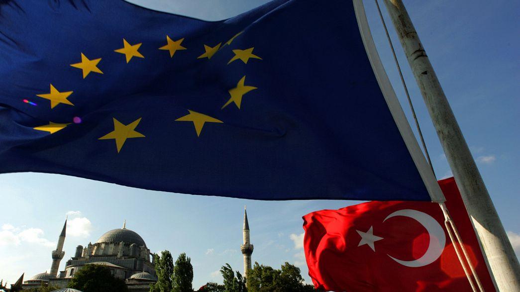 Az unió kivizsgálná a török népszavazás szabálytalanságait
