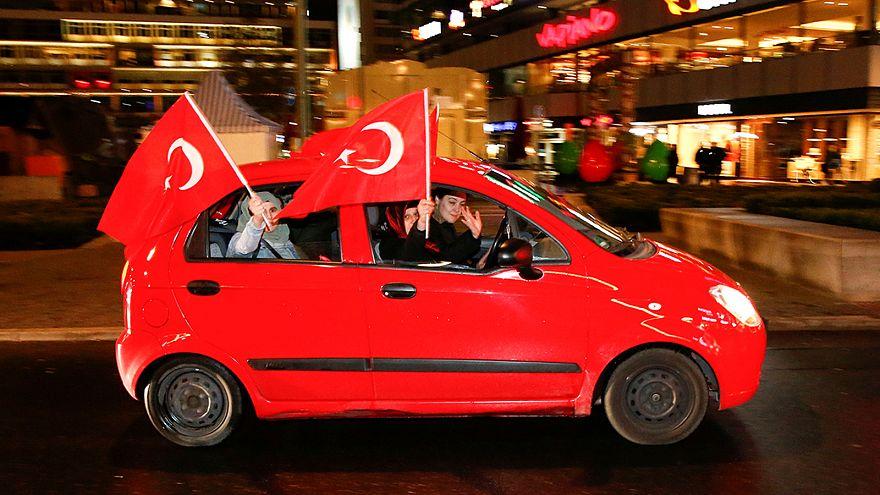"""Gewonnen ist gewonnen"": Deutsch-Türken nach dem Referendum"