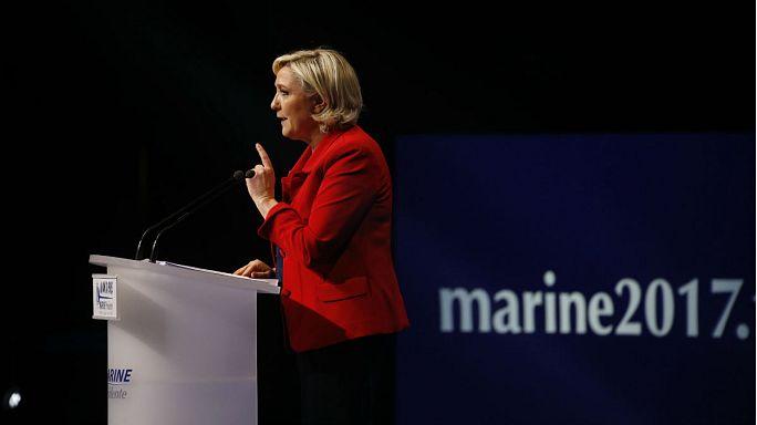 Visszaállítaná a határőrizetet és felfüggesztené a schengeni egyezményt Marine Le Pen