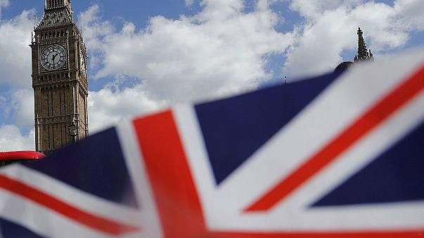 Brief from Brussels: Πρόωρες εκλογές με φόντο το brexit τον Ιούνιο στη Βρετανία