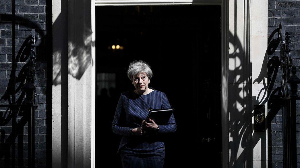 Législatives anticipées au Royaume-Uni : le jeu politique de Theresa May