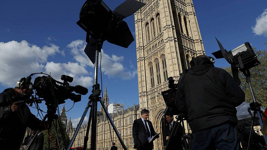 Überraschung: Premierministerin May setzt auf Unterhausneuwahl