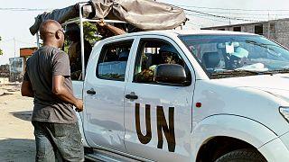 Mültecilerin rehin aldığı BM görevlileri serbest bırakıldı