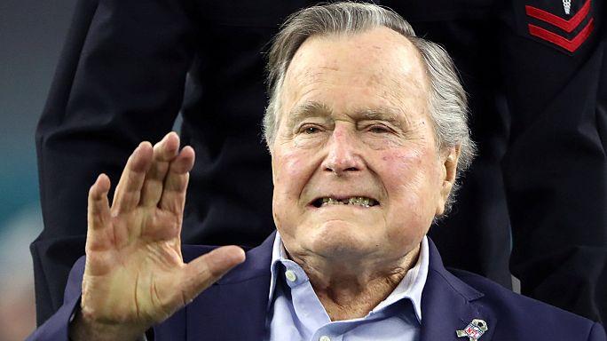 جورج بوش الأب يدخل المستشفى لتعرضه لالتهاب رئوي