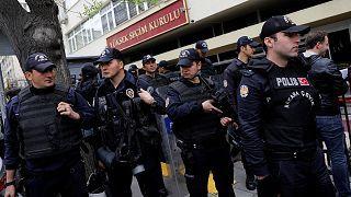 La Junta Electoral turca rechaza anular el referéndum