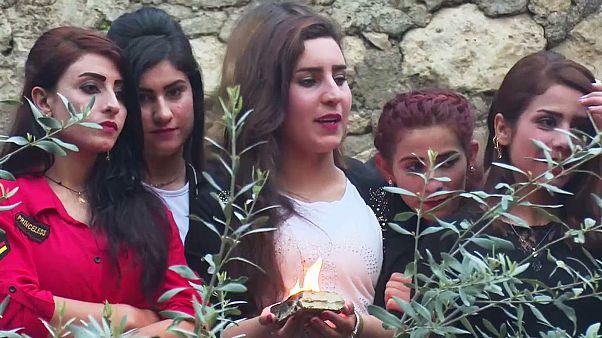 Yazidis celebram a chegada do ano 6767