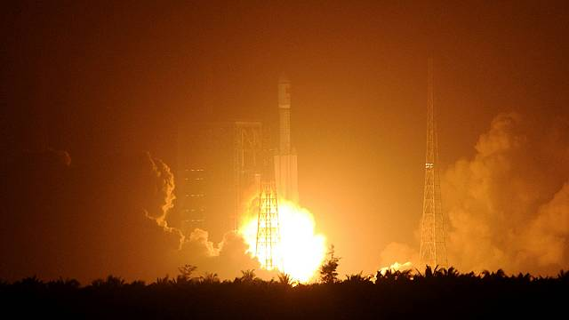 Kína fellőtte első teherszállító-űrhajóját