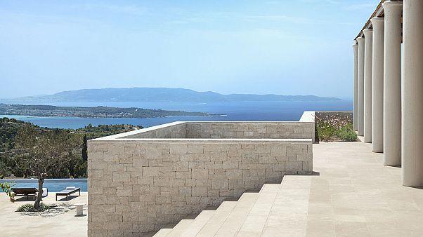 Древняя Греция оживает в самом дорогом отеле Европы