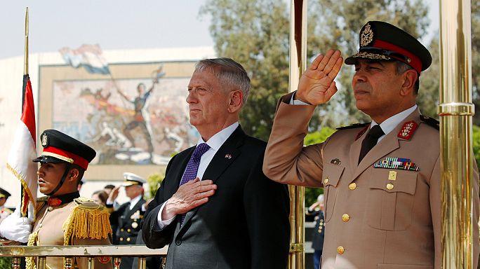 Στο Κάιρο για επίσημη επίσκεψη ο Αμερικανός υπουργός Άμυνας