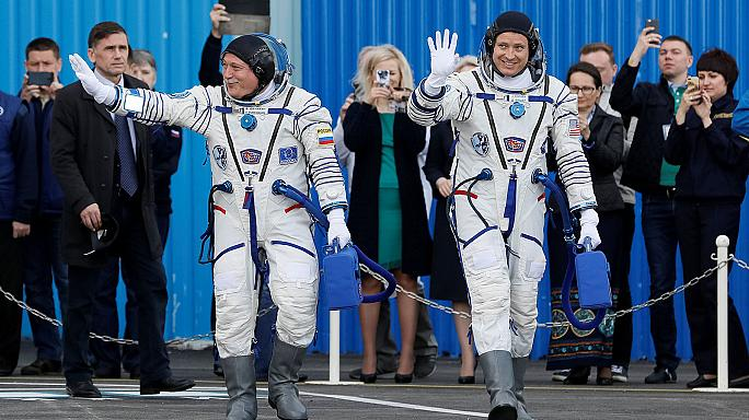 Soyuz uzay aracı Uluslararası Uzay İstasyonu'na yerleşti