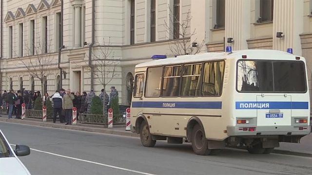 Απαγορεύει η Μόσχα τους Μάρτυρες του Ιεχωβά