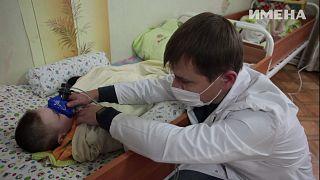 Sokkoló körülmények fehéroroszországi árvaházakban