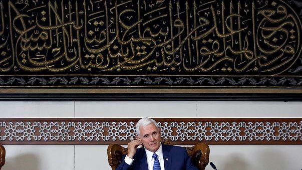 """بينس: """"هجوم باريس يذكر أن الإرهاب يضرب في كل مكان وكل وقت"""""""