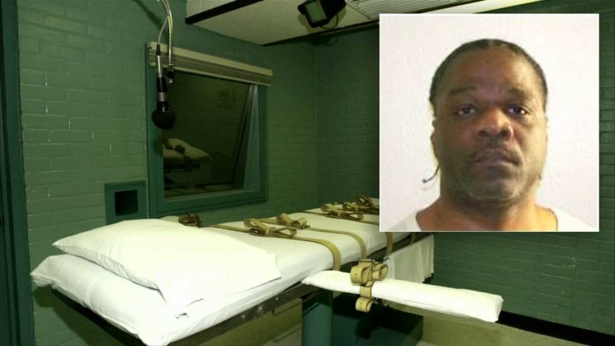 Arkansas executes first of eight slated to die in 10 days before drug expires