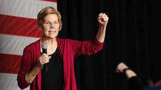 Image: Sen. Elizabeth Warren, D-Mass, speaks during an organizing event at