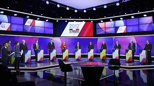 Bluttat von Paris überschattet Endspurt im Präsidentschaftswahlkampf