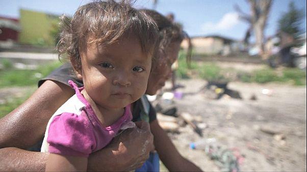 Az élelem- és gyógyszerhiány elöl Brazíliába menekülnek a venezuelaiak