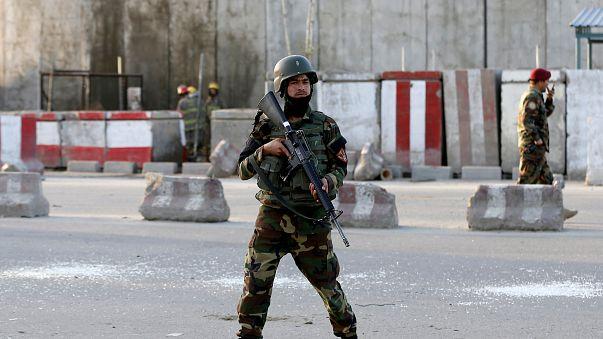 شمار کشتهشدگان حمله طالبان در ولایت بلخ افغانستان به ١٤٠ تن افزایش یافت