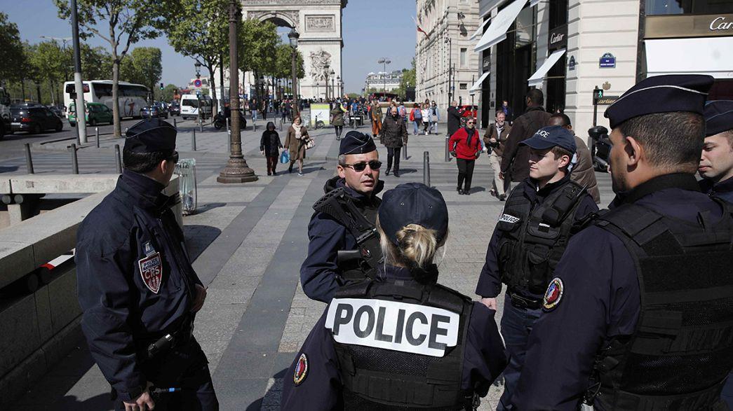Збройний напад у Парижі: нападник з кримінальним минулим
