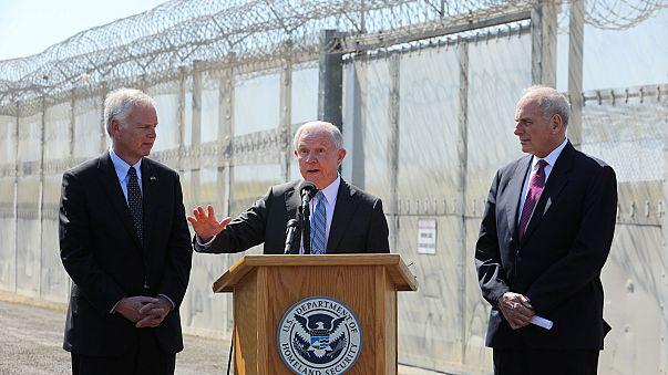 Минюст США обещает лишить «убежища» финансирования