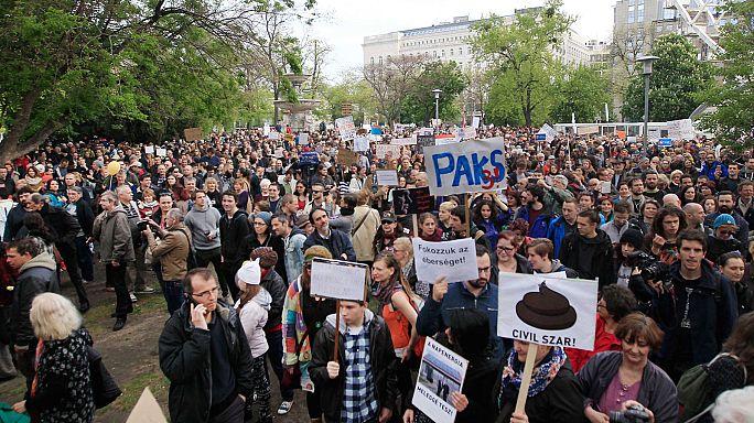 """Vicctüntetés ''a kormányért és Oroszországért és minden más ellen"""""""