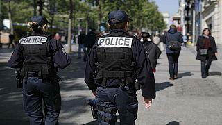 دستگیری یک مرد مسلح به چاقو در پاریس