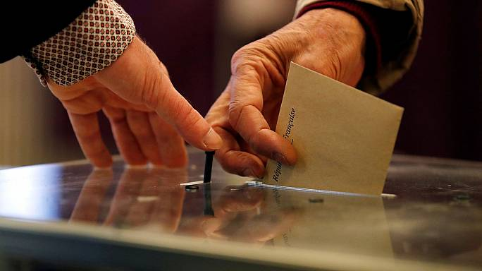 French election: turnout slightly down from 2012