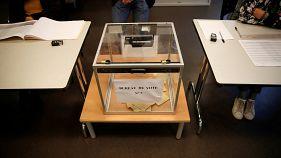 سیاستمداران فرانسوی پای صندوق رای