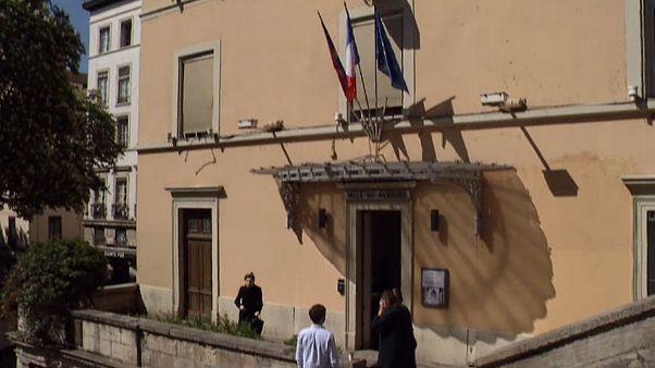مدينة لِيون الفرنسية صوتَّتْ بنسبة مشاركة عالية بلغت 60 بالمائة بعد الظهر