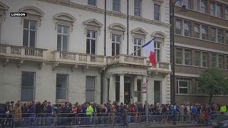 Geduldige Auslands-Franzosen: drei Stunden Anstehen für die Wahl