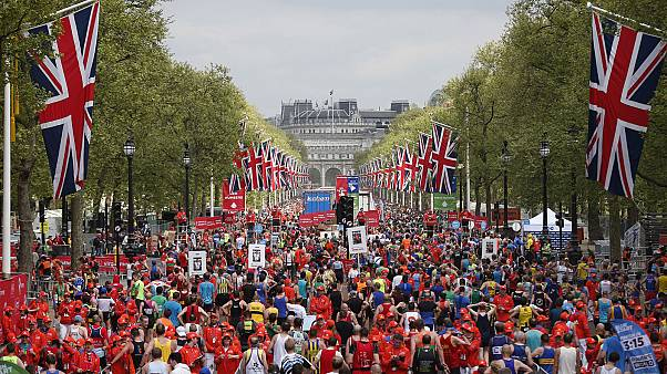 Keitany wins the London Marathon in record time