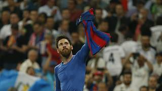 Barcelona beat Real Madrid in Bernabeu thriller