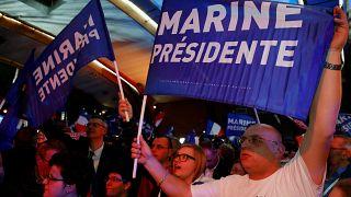 Los seguidores de Le Pen celebran la victoria de su candidata