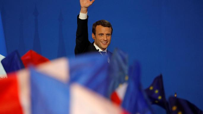 Rally against 'nationalists' - Macron's call after French election success
