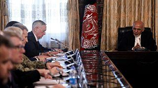 Visita sorpresa del secretario de Defensa de EE.UU a Kabul