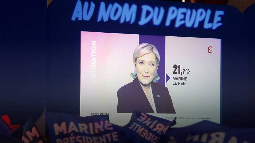 "Le Pen ""takes break"" as party leader to focus on presidential campaign"