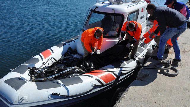 غرق 16 لاجئا على الأقل جراء غرق مركبهم قبالة سواحل ليسبوس اليونانية