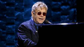 Musician Elton John recovers from potentially deadly infection